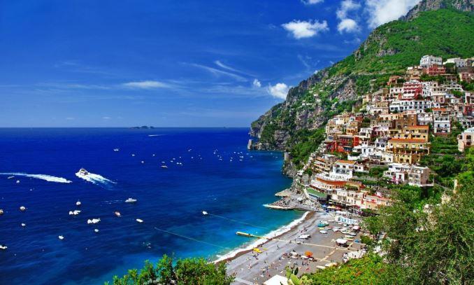 Расскажи мне про Италию…